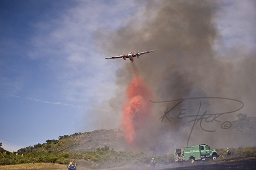 Cal-Fire S2T dropping retardant with US Forest Service